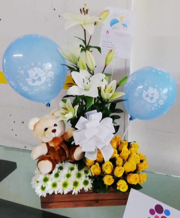 arreglos florales para nacimientos de bebes