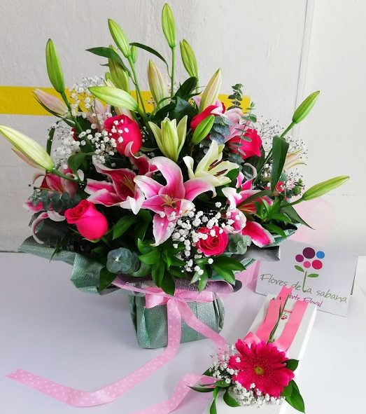 flores-lirios-rosas-geberas-a-domicilio-bogota