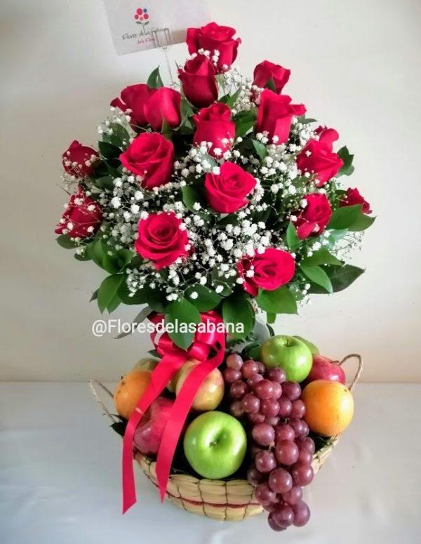 ancheta de frutas con flores bogota
