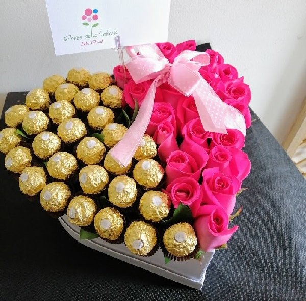 corazon con rosas bogota